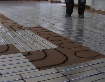Vandbaseret gulvvarme